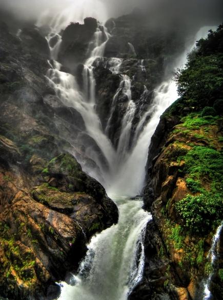 Dudhsagar.Falls.original.2657.jpg