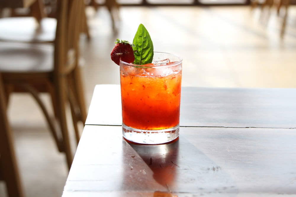 STRAWBERRY_BASIL_MARGARITA (1).jpg
