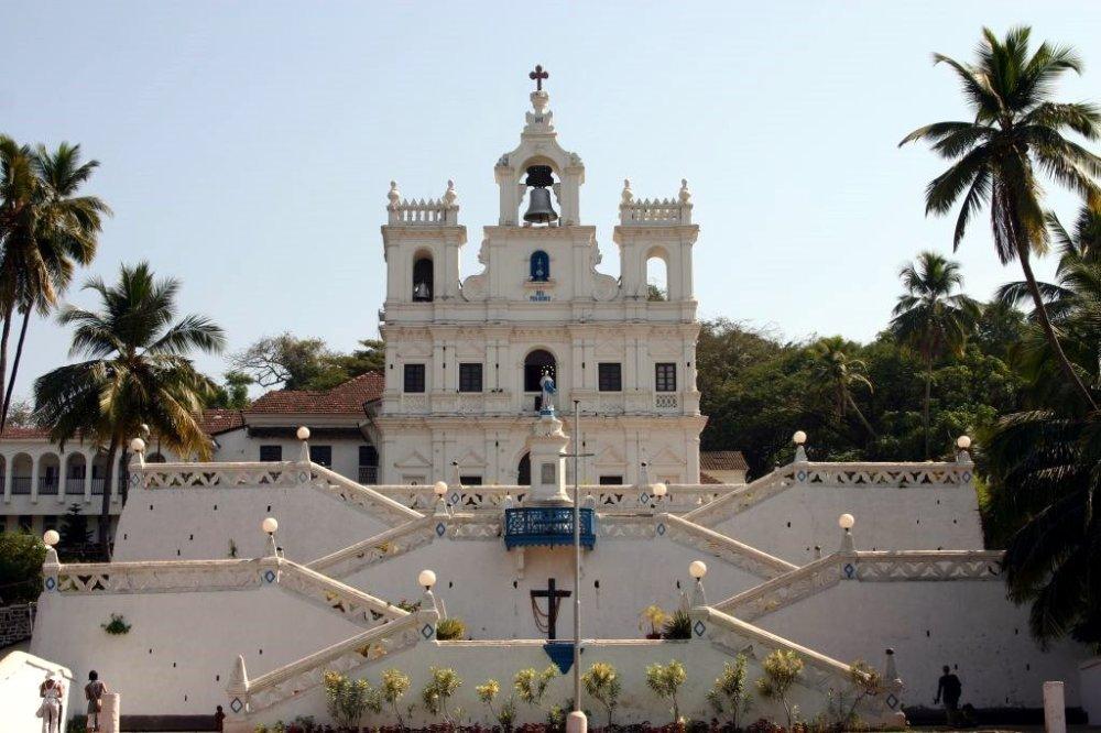 Altinho,_Panjim,_Goa,_India_-_panoramio.jpg